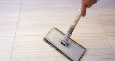 WHY YOU NEED PROFESSIONAL TILE CLEANING